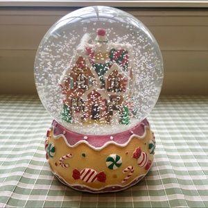 Ginger bread house giant snow globe